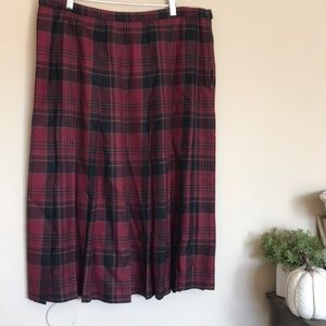 Pendleton red black plaid full circle skirt 20W